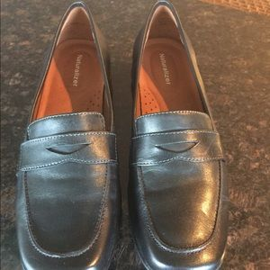 Naturalizer Black Leather Penny Loafer Style 8.5